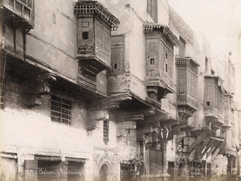 wooden-balconies-moucharabieh-in-cairo-egypt